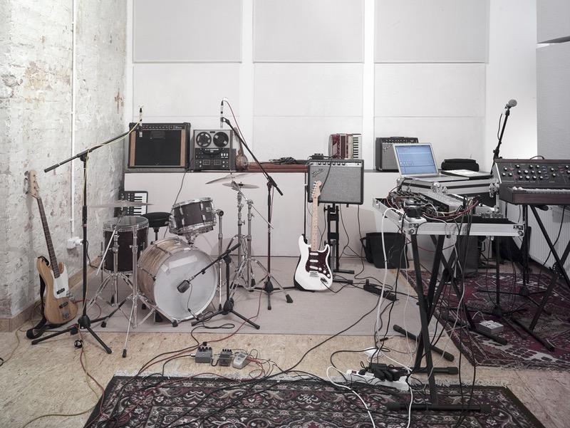 live 9 sample 3